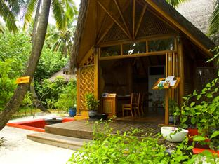 vilu reef beach spa resort maldives - sun spa entrance