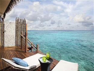 vivanta taj coral maldives resort - indulgance water villa (deck)