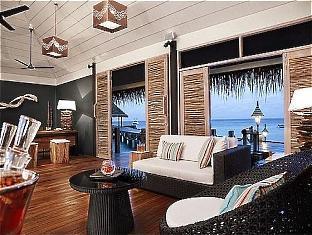 vivanta taj coral maldives resort - lobby