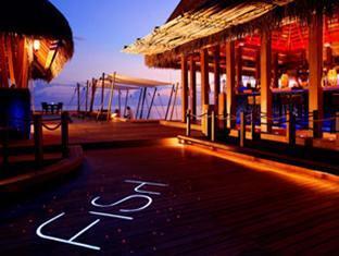 w retreat spa resort maldives - fish exterior