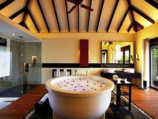 zitahli kudafunafaru resort maldives - hotel interior